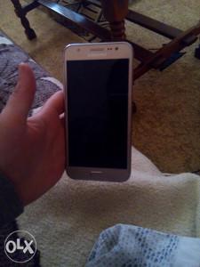 Samsung glaxy j5
