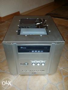 Racunar Quad 6600 2,4ghz/4gb ram/250gb hdd/8600gt 256