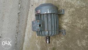 Trofazni elektro motor 0.37 kw,1400/min
