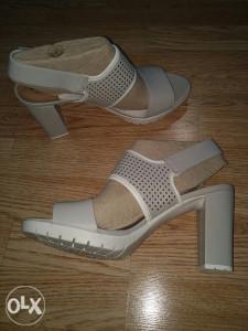 Zenske sandale Clarks (London)