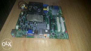 Matična ploča AMD 2 dual core 4400 X2 sa 2 GB ddr2 rama