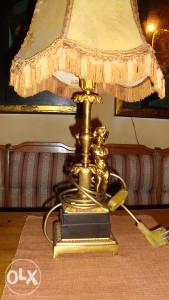 Stona lampa r