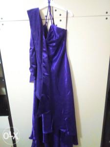 Svecana duga haljina snizeno na 65 km.