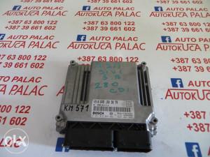 KOMPJUTER MOTORA MERCEDES W211 280 CDI 0281012364 A6481503079