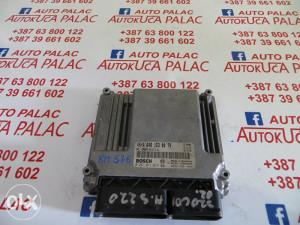 KOMPJUTER MOTORA MERCEDES W220 320 CDI 0281011016 A6461530079