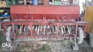 Sijačica za pšenicu IMT 23 reda
