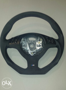BMW volan-preoblikovanje i tapaciranje volana