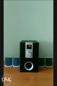 Bass kutija BlueBerry,zvucnici 5.1 SW-M50