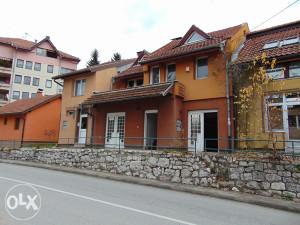 Dream Homes: Kuća sa poslovnim prostorom Višnjik