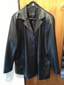 Ženska kožna jakna vel. 50