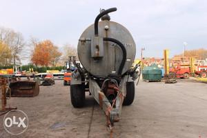 Prodajem cisternu za osoku