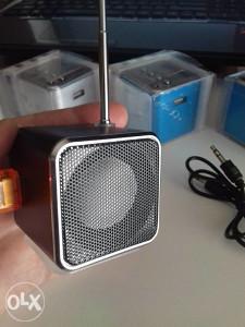 Prijenosni micro USB-AUX-SD zvučnik,MP3 Radio FM player