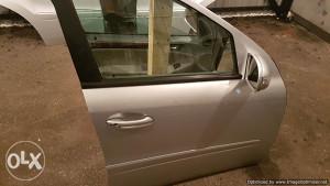 Prednja desna vrata Mercedes ML 2005 W164 dijelovi