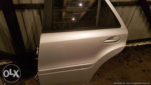 Zadnja lijeva vrata Mercedes ML 2007 W164 dijelovi