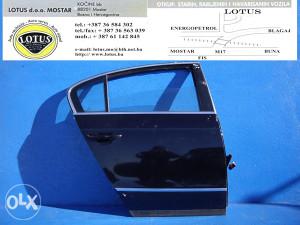 VW Passat 05/10-zadnja desna vrata (ostali dijelovi)