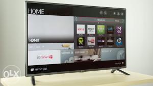 "LG 42"" WIFI SMART TV LED FULL HD TV 2015GOD."