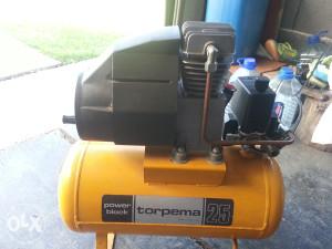 kompresor uljni 24 lit.