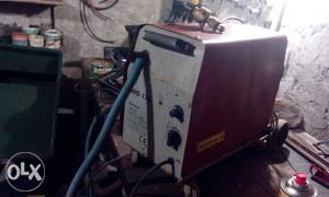 Co2 aparat za varenje iskravar 170