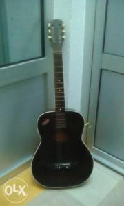 Gitara akustična