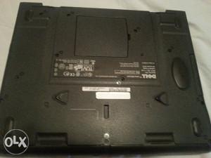 2 laptopa neispravana