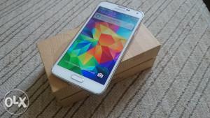 Samsung Galaxy S5 16gb (radi,koristi se,moze i zamjena)