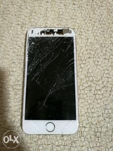 Iphone 6 polupan i icloud zakljucan