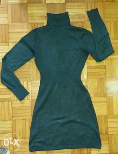 haljina zimska rastezljiva, očuvana i bez oštećenja