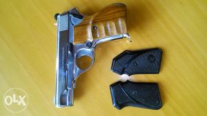Pistolj niklovani CZ 7.65 mm, M 70