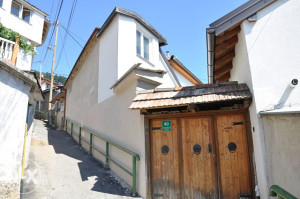Kuća u dupleksu, Sarajevo,  Strošići