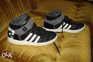 Adidas 45 1/3 orginal,duboke