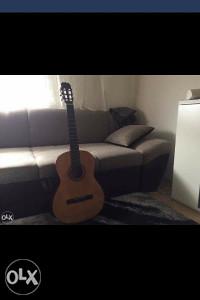 Gitara kao nova