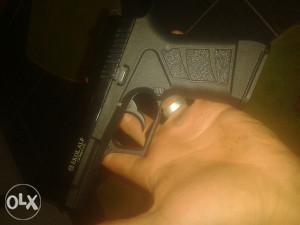 Pistolj plinski, gasni,startni 9mm