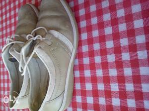 Cipele kozne 39 br.5KM
