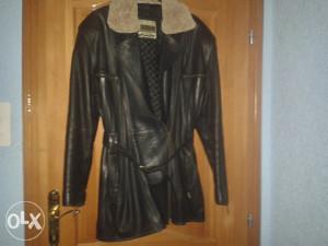 Ženska kožna zimska jakna