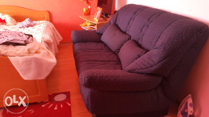 Dva dvosjeda i fotelja