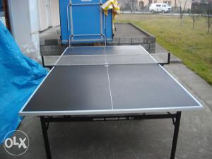 Stol za tenis