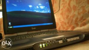 Laptop Asus ispravan*povoljno*