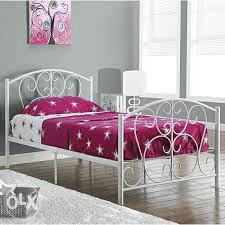 Kreveti metalni
