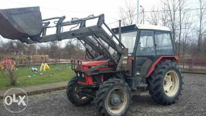 prednji utovarivac Kasika za traktor Zetor