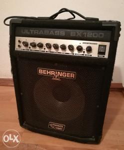 Behringer BX1200 bas pojačalo