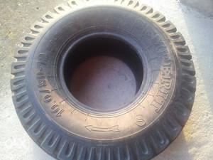 Gume za traktorsku prikolicu 10.0/80-12 semperit