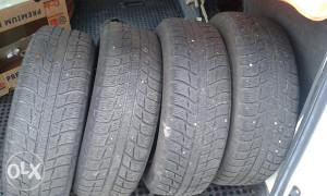 Michelin 4 x gume +feluge