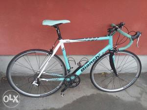 Drumski - cestovni bicikl Bianchi Nirone 7, 2x8