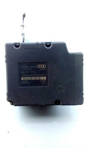 Audi TT 1,8 quattro kontrolor ABS-a