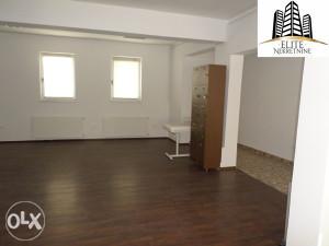 Stari Grad, poslovni prostor od 80 m2!