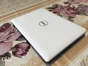 Laptop dell mini
