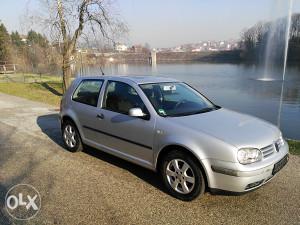 Volkswagen Golf 4 1.4 16v benzin 2001god 170000km