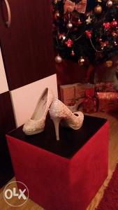 Cipele (BEŽ-CIRKONI)