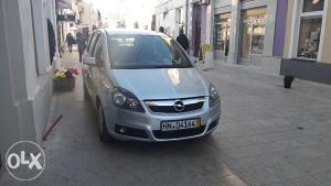 Opel zafira 1.9cdti 88kw automatik 7 siceva