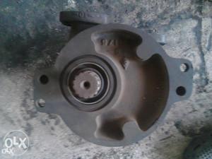 Pumpa mjenjača buldozer D8 - nova!